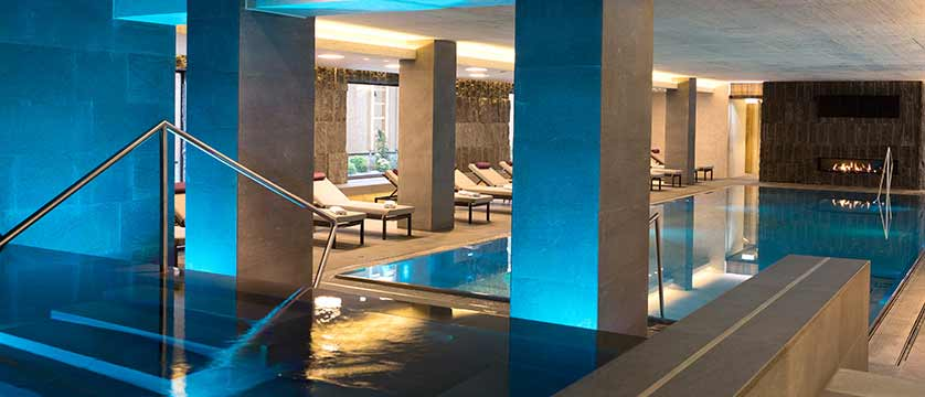 Elisabeth Hotel, Mayrhofen, Austria -  indoor swimming pool.jpg